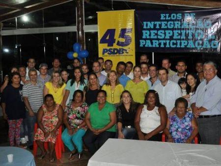 Novos filiados do PSDB com os vereadores tucano.